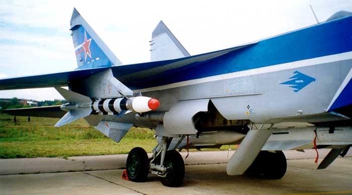 http://www.airbase.ru/sb/russia/mikoyan/mig/31/img/mig-31_2.jpg